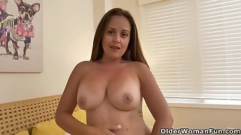 Canadian MILF Mature Mom