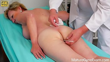 Exam Pussy Hairy Doctor