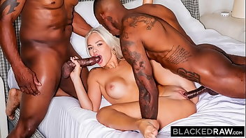 Cuckold Blonde Interracial Blowjob