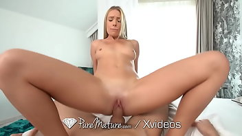 Pissing Hardcore Blonde Creampie